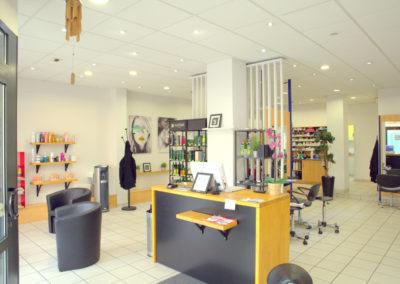accueil-salon-coiffure-la-boîte-à-tifs-1-400x284