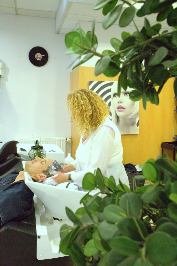 shampoing-salon-de-coiffure-2